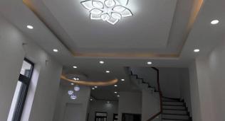 Mẫu trần thạch cao phòng khách đẹp,hiện đại, sang trọng - Cập nhật theo xu hướng mới nhất cho không gian nhà bạn.